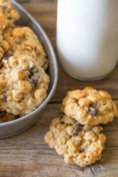 Healthy Breakfast Cookies - With no refined sugar, and healthy stuff like white whole wheat flour, oats, and peanut butter, these cookies are perfect for an easy breakfast on-the-go!