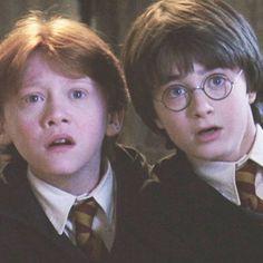 (notitle) - harry potter - Home Estilo Harry Potter, Mundo Harry Potter, Harry Potter Icons, Harry Potter Tumblr, Harry James Potter, Harry Potter Pictures, Harry Potter Aesthetic, Harry Potter Cast, Harry Potter Universal