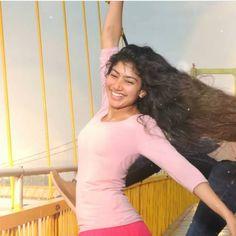 Lovely Girl Image, Girls Image, Hot Actresses, Indian Actresses, Sai Pallavi Hd Images, Bridal Boudoir Photography, Beautiful Heroine, Punjabi Dress, Indian Actress Photos
