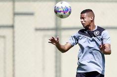 BotafogoDePrimeira: Fernandes engata sequência e  tenta driblar falta ...