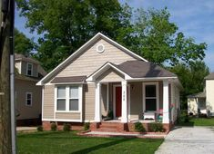 Decorating Your American Bungalow Style House House Plans One Story, Story House, Small House Plans, House Floor Plans, Cottage House Plans, Cottage Homes, Cottage Ideas, Cottage Living, Bungalow Style House