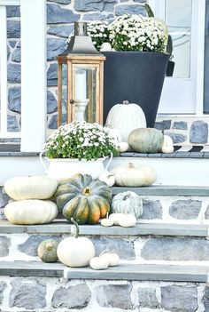 A white-out of pumpkins creates a pretty and attention grabbing fall front porch. Get tips to create pretty outdoor fall decorating Blue Fall Decor, Fall Home Decor, Autumn Home, Porch Decorating, Decorating With White Pumpkins, Decorating Ideas, Autumn Decorating, Grey Pumpkin, Pumpkin Spice