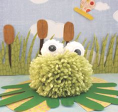 Pom Pom Frog Create an adorable pom pom frog sitting on a construction paper handprint lily pad. This project is fun project for young children with a little help from the grown ups. The post Pom Pom Frog was featured on Fun Family Crafts. Recycled Crafts Kids, Easy Crafts For Kids, Art For Kids, Frog Crafts, Edible Crafts, Hand Print Images, Hand Prints, French Crafts, Frog Theme