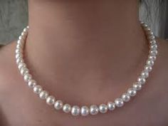 Real pearls in a necklace, earrings, and bracelet. Real Pearl Necklace, Pearl Jewelry, Jewelry Box, Jewelery, Pearl Necklaces, Short Necklace, Bridal Jewelry, Antique Jewelry, Silver Jewelry
