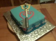 Kingdom Hearts cake...Think I just found my daughter's bday cake!!