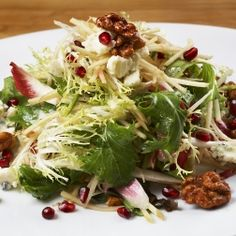 Autumn Wedding: Salad Surprise your wedding guests by including fall fruits in your salad course such as this Autumn Salad with Apples and Pomegranates Fall Recipes, Wine Recipes, Holiday Recipes, Cooking Recipes, Healthy Recipes, Holiday Ideas, Christmas Ideas, Wolfgang Puck Recipes, Pomegranate Recipes