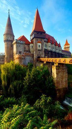 Romania Travel Inspiration - Summer Morning View of Corvin Castle, Hunedoara, Transylvania, Romania Castle Ruins, Medieval Castle, Places Around The World, Around The Worlds, Wonderful Places, Beautiful Places, Chateau Moyen Age, Places To Travel, Places To Visit