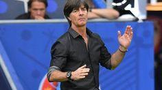 Mit großem Respekt: Joachim Löw zeigt sich von Viertelfinal-Gegner Italien beeindruckt. (Quelle: imago/Team2)