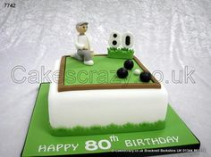The Holding Shot. Lawn green bowls novelty cake with bowling player sugar modelled character Grandma Birthday Cakes, 90th Birthday Cakes, Dad Birthday, Birthday Ideas, Bowling Birthday Cakes, Soccer Cake, Dad Cake, Green Cake, Sport Cakes
