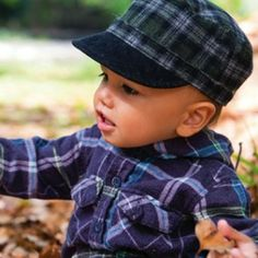 Baby Boys Ralph Mao Cap – This super soft baby boys wool blend mao cap is practical and cute. It is fully lined with 100% jersey cotton and elasticised back for comfort and fit. Plus a soft corduroy peak.