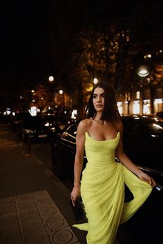 Long Chiffon Yellow Prom Dresses with Irregular Skirt - Long Chiffon Yellow Prom Dresses with Irregular Skirt – loveangeldress Source by - Elegant Dresses, Pretty Dresses, Beautiful Dresses, Formal Dresses, Neon Prom Dresses, Chiffon Dresses, Camila Coleho, Photo Glamour, Moda Paris