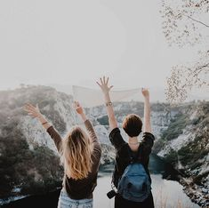 Are you planning for your international trip? Here are the 25 things to do before traveling abroad plus the international travel checklist you need. International Travel Checklist, Have A Safe Trip, Things To Do, How To Memorize Things, Mini Vacation, Vacation Travel, Samos, By Train, Travel Abroad