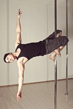 Vladimir Karachunov - Showing the world that it is not shameful for guys to pole dance. (I honestly find it really hot) ; Pole Dance, Pole Dancing Fitness, Pole Fitness, Wellness Fitness, Fitness Goals, Martial, Pole Moves, Pole Art, Pole Dancing