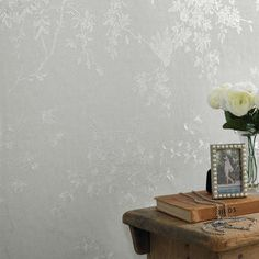 Superfresco Colours Spring Blossom Wallpaper - Silver Mist at Homebase -- Be inspired and make your house a home. Buy now. Silver Mist Wallpaper, Cream Wallpaper, Brown Wallpaper, Metallic Wallpaper, Hallway Wallpaper, Bedroom Wallpaper, Geometric Wallpaper, Inspiration Wand, Guest Bedroom Decor