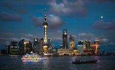 Shanghai Skyline. Image © Flickr CC user Bernd Thaller. Gallery - The Top 10 Most Impactful Skylines - 19
