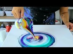 Acrylic Pouring Techniques, Acrylic Pouring Art, Acrylic Art, Cross Canvas Paintings, Pour Painting, Vinyl Wall Art, Mandala, Art Lessons, Art Projects