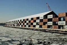 The Nomadic Museum by Shigeru Ban