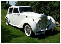 Make a statement with our fully refurbished, Air Conditioned Bentley Rolls Royce used for Weddings, Anniversaries, Proms, Confirmations or any other Special Occasion that you can think of.