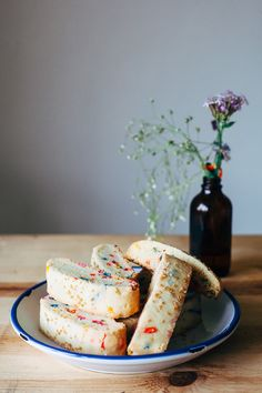 funfetti biscotti | my name is yeh