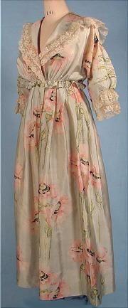 1917 Art Nouveau China Silk Poppy Print Tea Gown.