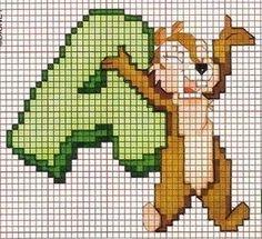 Olá boa noite. Mais gráficos grátis. Segue um alfabeto muito bonito com os esquilinhos Tico e Teco da Disney, ou na versão original em ing...