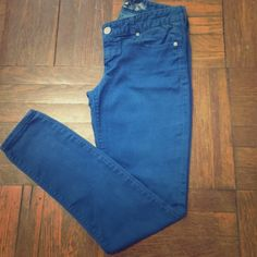 Express colored jeans USED Size 4 Express low rise jeans regular fit. Has a small white spot on the back of right leg. Express Jeans Skinny