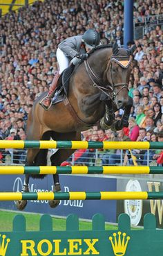Meredith Michaels-Beerbaum and Bella Donna in the Grand Prix at Aachen (3rd)