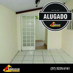 Casa no centro de Divinópolis alugada pela nossa equipe! #franciscoimoveis