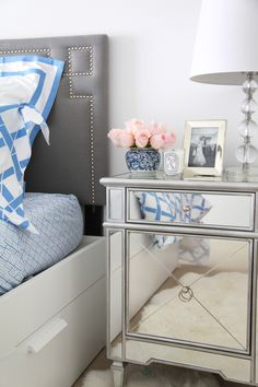 Charmant Blue And White Bedding