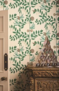 The Secret Garden is a stunning and elegant wallpaper by Cole and Son, and is part of their new Whimsical collection. Designed to sit alongside Nautilus, which is also part of the Whimsical collection, Secret Garden takes the classic foliage wallpaper des Dark Green Wallpaper, Cole And Son Wallpaper, Feature Wallpaper, Wallpaper Decor, Fornasetti Wallpaper, Tree Wallpaper, Wallpaper Ideas, Nautilus, Shabby Chic Tapete