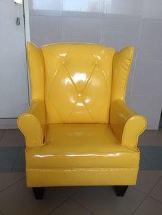 Buttery Samantha in full yellow! Yum yum....