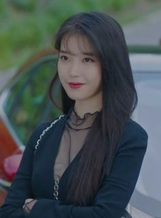 Viewers have fallen in love with IU's character in Hotel del Luna and their fascination extended to watching out for every single one of her outfit changes. Korean Actresses, Asian Actors, Korean Actors, Iu Hair, Luna Fashion, Kdrama, Girl Crushes, Kpop Girls, Korean Girl