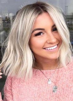 Just visit here and find so many awesome shades of blonde hair colors to make you bob looks more attractive and cute. We've presented here amazing trends of blunt bob hair styles a long with bob cuts for Bob Hairstyles For Fine Hair, Long Bob Haircuts, Medium Bob Hairstyles, Blonde Long Bob Hairstyles, Blunt Bob Hairstyles, Blunt Haircut, Bridal Hairstyles, Headband Hairstyles, Blonde Blunt Bob