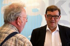 Europarlamentaarikko Paavo Väyrynen (kesk.) haluaa kansalaisaloitteellaan järjestää kansanäänestyksen Suomen eurojäsenyydestä ja nostattaa kunnollinen keskustelun aiheesta.