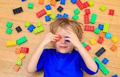 """""""No existe un método único que sea mejor que otro para criar a un niño hiperactivo; del mismo modo que no hay una única manera de educar. La mejor guía siempre será la que vosotros escojáis. Solo recordad que la mejor forma de construir esa atención perdida del niño hiperactivo será reconociendo sus -mínimos aspectos …"""