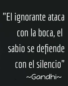 Wisdom Quotes, True Quotes, Words Quotes, Wise Words, Gandhi Quotes, Positive Phrases, Motivational Phrases, Positive Quotes, Spanish Inspirational Quotes