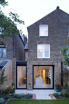 Beechdale House, London / Paul Archer Design In the original ground floor layout the kitchen was isolated from the rest of the Beechdale house, particularly the two elegant reception . Brick Extension, House Extension Design, Glass Extension, Rear Extension, Extension Ideas, Row House Design, Side Return Extension, Victorian Terrace House, Victorian Homes