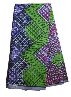Un joli tissu qui pourrait parfaitement se marier avec des couleurs unies, pour toute création déco. Coton Provenance : Cote d'Ivoire  Dimension : 1,600m / 1,13m - 13 €