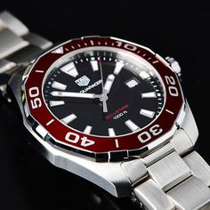 Aquaracer 300m quartz with red aluminium bezel #tagheuer #aquaracer #tagheueraquaracer #quartzpower #calibre11