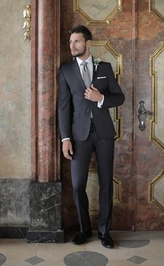 Stylizacja ślubna od Giacomo Conti: Mens Fashion, Fashion Outfits, Mens Clothing Styles, Wedding Suits, Gentleman, Menswear, Street Style, Formal, Pants