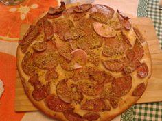 Pizza con mortadella e pistacchio