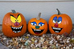 Cute Pumpkin Faces to Paint - Bing Images Mini Pumpkins, Painted Pumpkins, Halloween Pumpkins, Fall Halloween, Halloween Decorations, Painted Pumpkin Faces, Painted Faces, Halloween Snacks, Fall Decorations