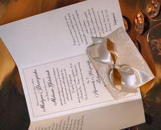 Zaproszenia ślubne Dubaj po otwarciu. Zaproszenia posiadają dużo miejsca na treść.