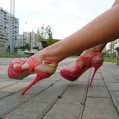 50 Dazzling Golden High Heels That Glisten In Passion - BrassLook Strappy High Heels, Hot High Heels, Platform High Heels, Sexy Heels, High Heel Boots, Heeled Boots, Stiletto Heels, Stilettos, Talons Sexy