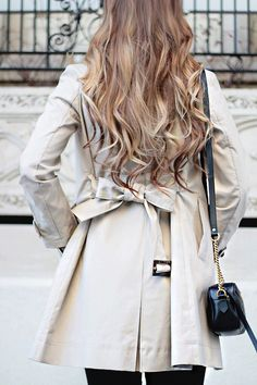 Classic Trench Coat//Paris Calling Part 1, Paris Guide, Planning for Paris, Trench Coat Style, Gucci Bag, Classic Style, Trench Coat, Outfit Ideas, Travel, Paris Packing Guide, Long Hair, Clip In Extensions, Hair Ideas, Fashion Blogger, Rachel Puccetti, Between Two Coasts