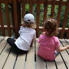 Spielplatztest Park im Grüene Park, Travel With Kids, Lipsticks, Drawstring Backpack, Baby Kids, Trips, Blog, Rompers, Playground