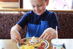 20 Restaurants Kids Can Eat Free (Or Cheap) This Summer – Free Parenting Classes, Free Kids Meals, Doughnut Shop, Reward Coupons, Course Meal, Good Grades, Frugal Tips, Free Food, Dining