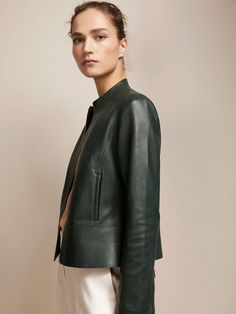 Women´s Essentials at Massimo Dutti online. Enter now and view our  Fall Winter 2017 Essentials collection. Effortless elegance!