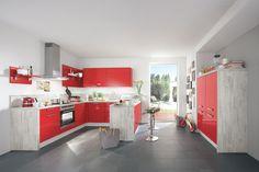 Osez le rouge même dans les petits espaces ou dans une pièce qui manque de caractère, la couleur transformera votre intérieur et le personnalisera. Cuisines AvivA : Mélinda 3600€