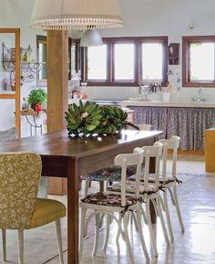 Casa de campo na serra da Mantiqueira com suave combinação de cores - Casa